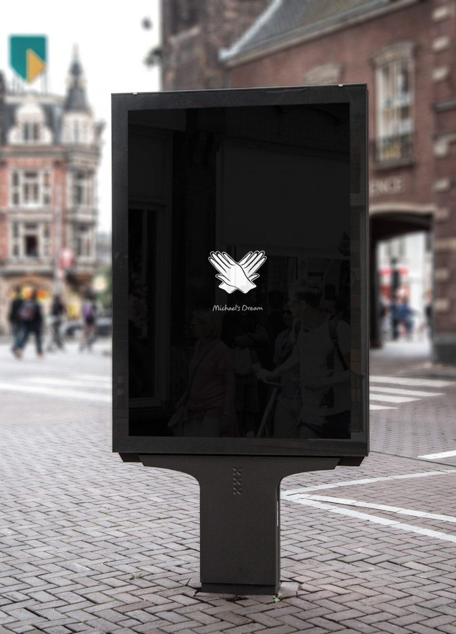 Jana Uhlig Save Lives Interactive Citylight